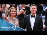 Brad Pitt y Angelina Jolie se casan en Francia/ They marry in France Brad Pitt and Angelina Jolie