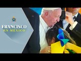 Emotiva bienvenida al papa Francisco en el estadio Morelos