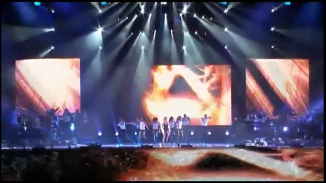 Christina Aguilera – Fighter — Back to Basics – Live And Down Under — A Christina Aguilera Concept