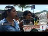 Protesta por normalistas de Ayotzinapa terminó en ataque a cuartel militar | Noticias con Ciro