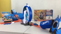 Hot Wheels Pley Box Surprises Loop Launcher Challenge Accepted 2018 || Keith's Toy Box