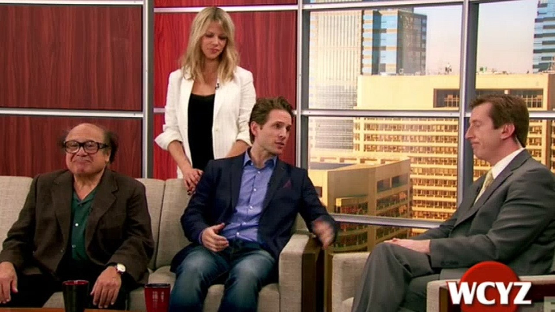 It S Always Sunny In Philadelphia S 12 E 4 Wolf Cola A Public Relations Nightmare