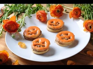 Halloween Cookies with peanut butter and chocolate
