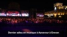 Macron assiste à un concert en hommage à Aznavour à Erevan