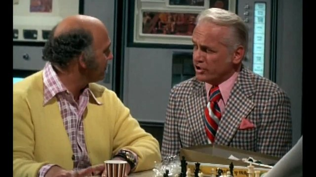 The Mary Tyler Moore Show S03E20 What Do You Say When The Boss Says I Love You