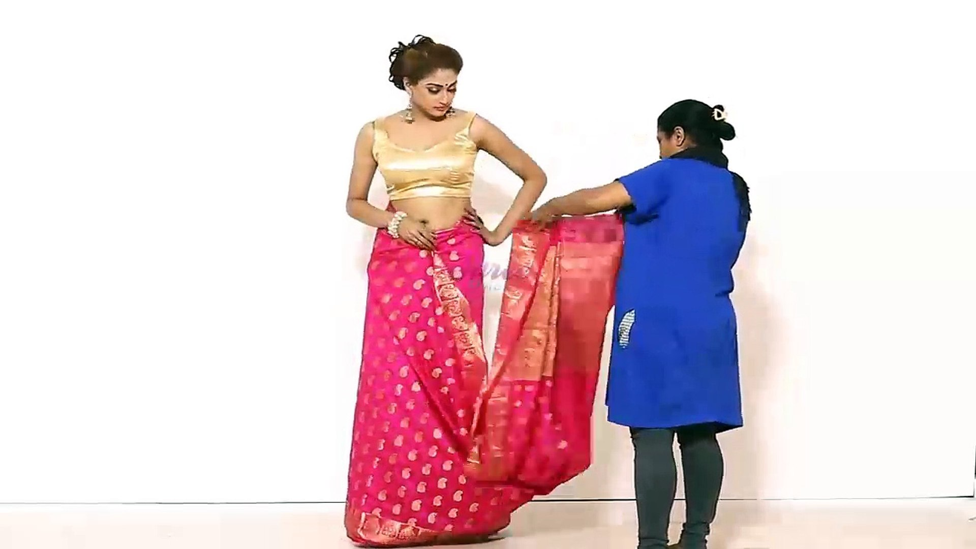 How To Wear Indian Sari Blouse For College Festivals - Modern Look