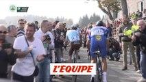 Bardet accroché par un spectateur - Cyclisme - T. de Lombardie