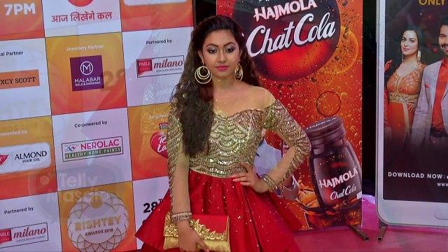 Reem Shaikh Glamorous Gown At Zee Rishtey Awards 2018 | Tujhse Hai Raabta