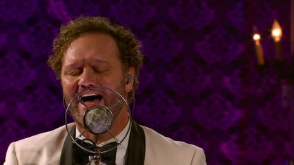 David Phelps - What The World Needs Now