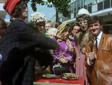 Monty Pythons Flying Circus S01E01 01 Whither Canada mkv