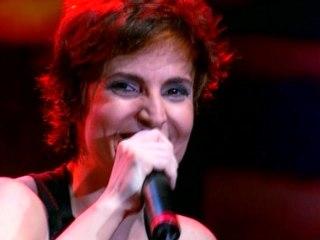 Isabella Taviani - Olhos De Escudo
