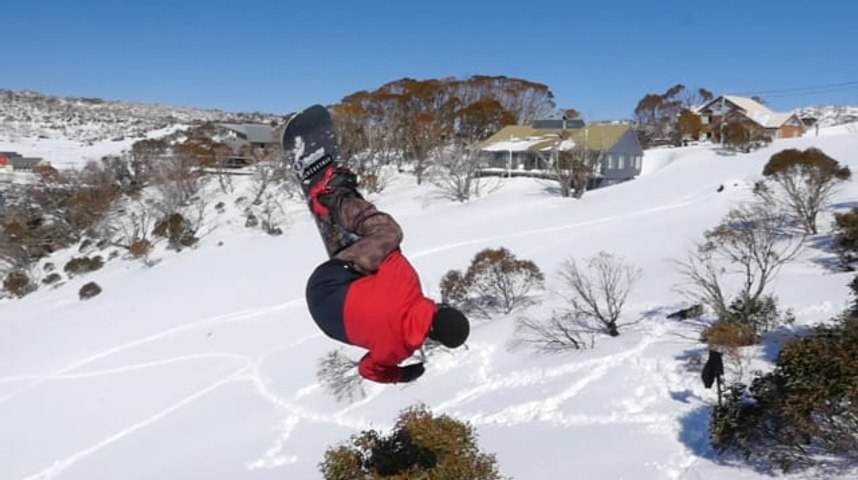 The Final Days Of Aussie Winter | Hits on the Side, Please! 2 | Boardworld