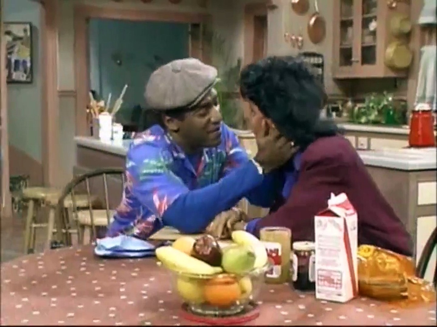 The Cosby Show S01E17 - Theo and the Joint