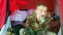 Il vit sous tente en plein centre-ville de Mons