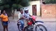VIDEOS GRACIOSOS - VIDEOS DE RISA 2018 - BORRACHOS QUE DAN RISA - CAIDAS DE BORRACHOS