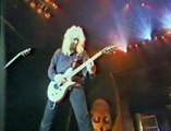 """1991 Billy Idol """"Eyes Without a Face"""" Live Version"""