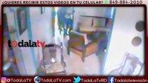 Tres hombres penetran a una vivienda en SFM; cargan con dinero, armas de fuego y un vehículo-CDN-VIDEO