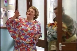 Keeping Up Appearances S05E11 The Pageant