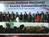 """Con los mismos rostros de hace años, Peña Nieto presume """"nuevo"""" PRI"""