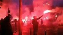 un défilé commun entre fans du PSG et de Naples à Paris