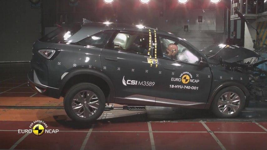 Hyundai NEXO - Crash Tests 2018
