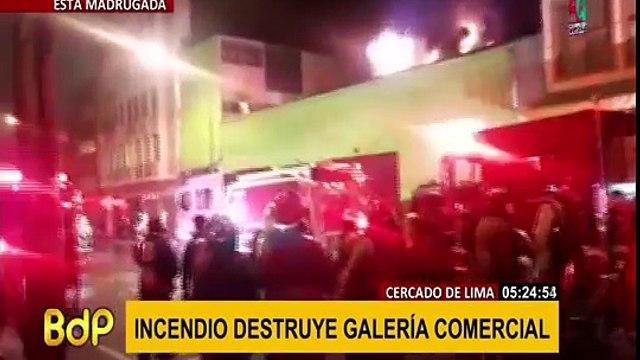 Cercado de Lima: incendio destruye galería comercial