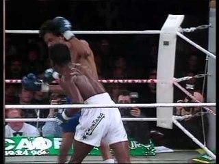 Classic Championship Boxing - Ozzie O'Neal vs Valery Kayumba