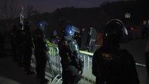 Sığınmacıların AB Kapısındaki Bekleyişi Sürüyor - Velika