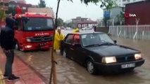 Siirt'te sağanak nedeniyle ev ve iş yerlerini su bastı