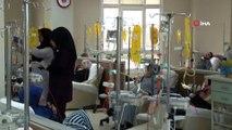 Kartal Dr. Lütfi Kırdar Eğitim ve Araştırma Hastanesi'nde meme kanseri hakkında hasta ve hasta yakınları bilgilendirildi
