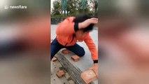 50 briques détruites à la main en 40 secondes, ce maître Kung Fu est spectaculaire !