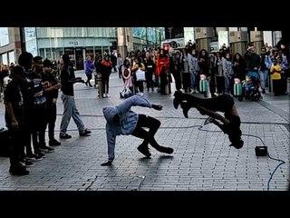 Amazing Street Performer In Birmingham City