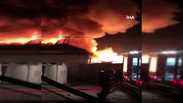 Aksaray'da geri dönüşüm deposunda korkutan yangın