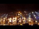 LORIE : AU-DELÀ DES FRONTIÈRES (VISION DE LORIE DE LA SCENE) – LIVE TOUR WEEK END 2004 – [ÉDITION COLLECTOR LIMITÉE]