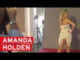 Amanda Holden flashes her bottom behind the scenes with heat!