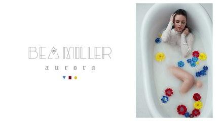 Bea Miller - girlfriend