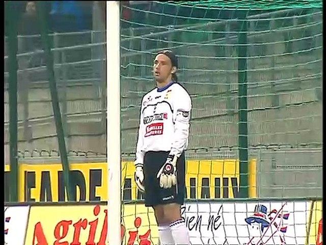 01/05/04 : Alexander Frei (17') : Rennes - Bastia : 4-0