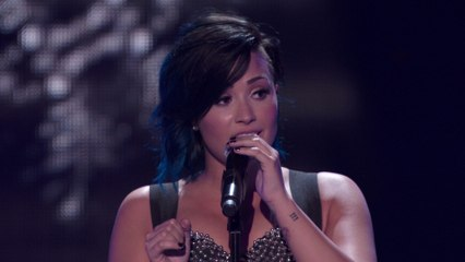 Demi Lovato - Let It Go (Vevo Certified SuperFanFest)