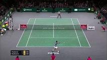 Ambient: Djokovic beats Federer to reach Paris Masters final