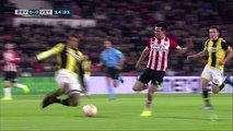 Ambient: Luuk de Jong guides PSV to win over 10-man Vitesse