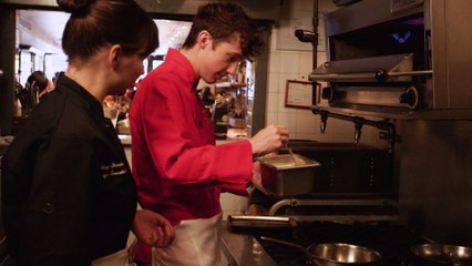 Troye Sivan - Troye Makes Mac & Cheese (Vevo LIFT): Brought To You By McDonald's