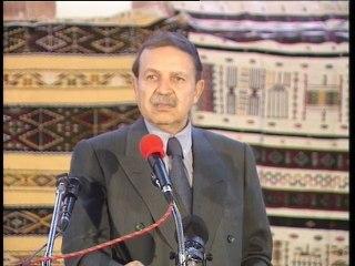 Discours du Président de la République, Abdelaziz Bouteflika, à Batna en 1999