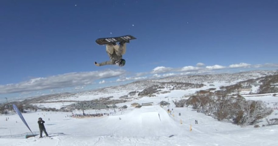 Hot Laps_ Vol 2 | Lapping The Perisher Snowboard Park | Boardworld