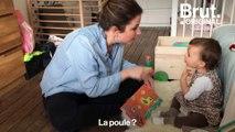 Apprendre la langue des signes à des enfants entendants