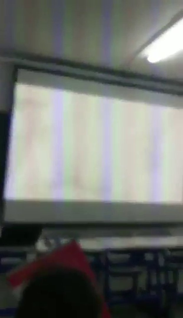 Un prof avait mis une sextape dans son PC, ses élèves éclatent de rire