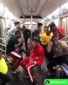 Danse HipHop dans le métro, ce crew est exceptionnel !