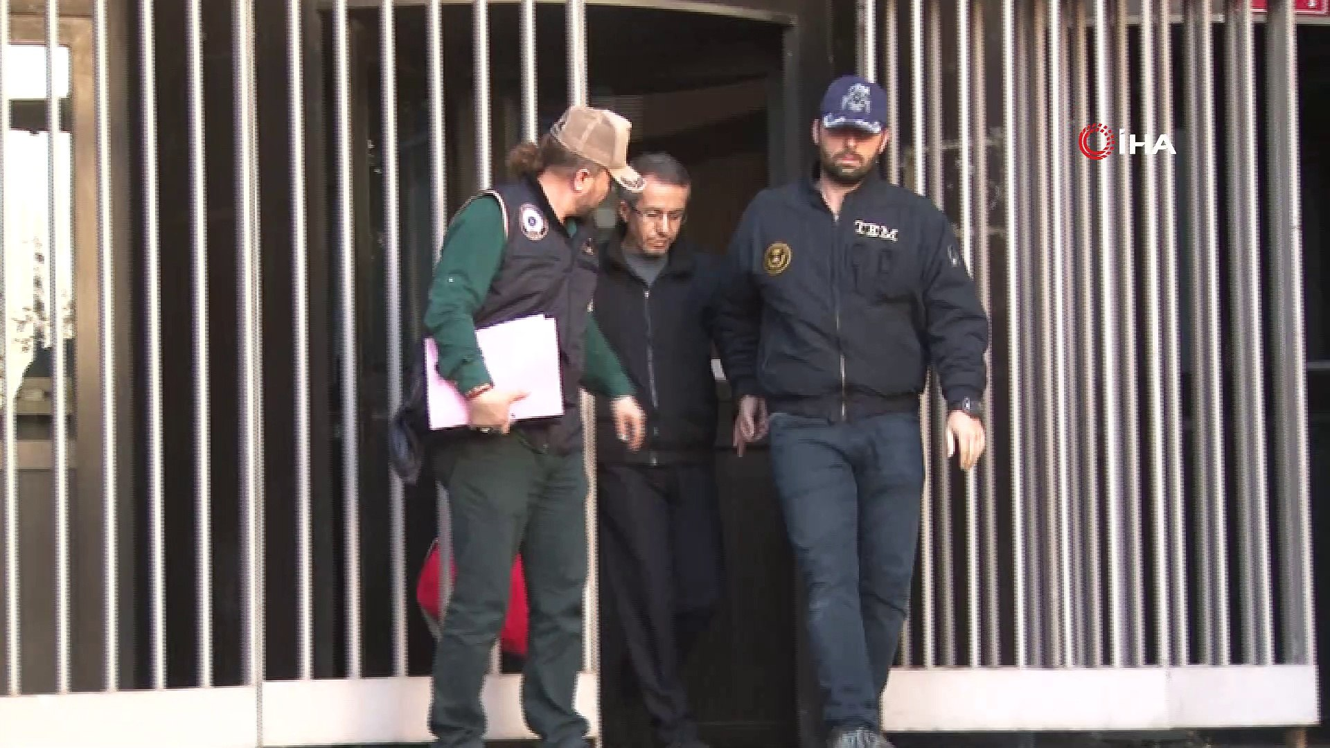 """Eski Savcı Ferhat Sarıkaya, 'FETÖ"""" üyeliğinden tutuklandı"""