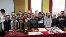 Incollables sur la Grande Guerre, les écoliers de Caumont-sur-Durance chantent le chant des Poilus