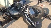 Kontrolsüz Dönüş Yapan Araç Motorize Ekibe Çarptı: 2 Polis Memuru Yaralı