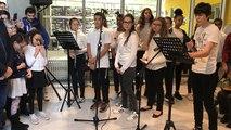 Inauguration du collège Simone Veil: le slam des collégiens